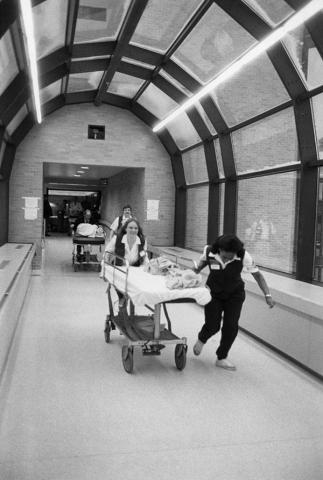 Moving day University Hospital 1986