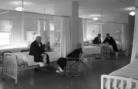 VA hospital ward 1953