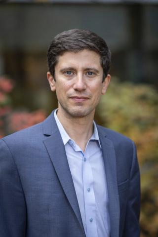 Head shot of Dr. Joshua Ehrlich