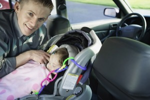 Parents turning car seats to face forward too early | Michigan Medicine
